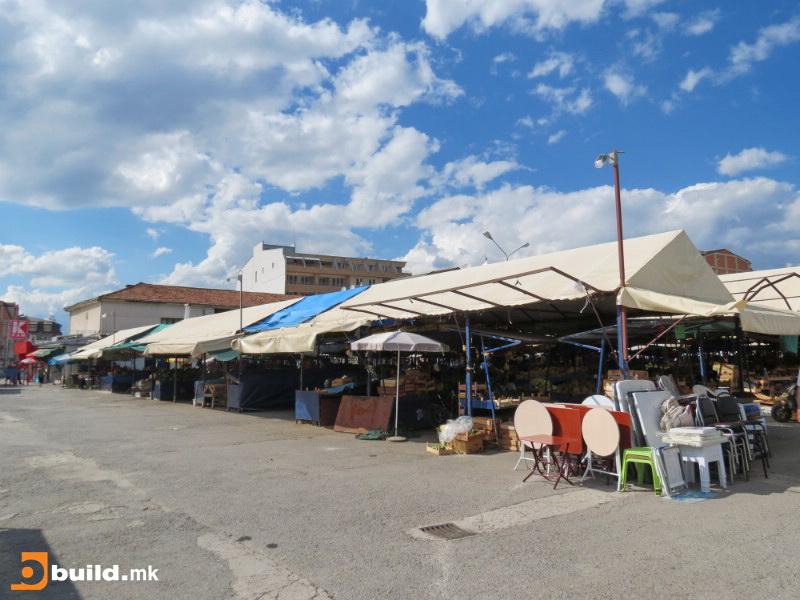 Градскиот пазар во Охрид